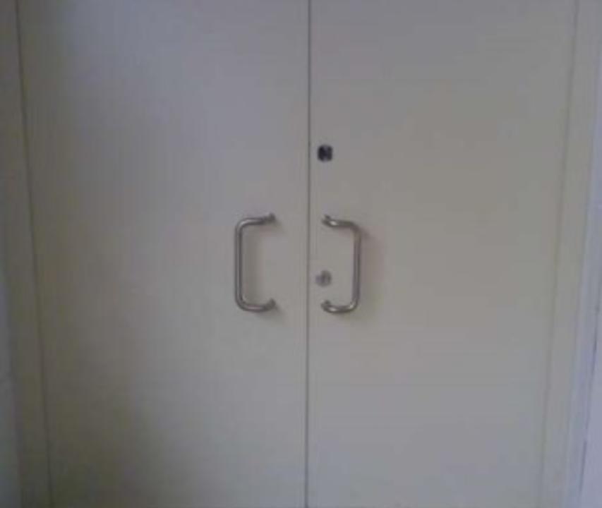 Двустворчатая дверь Бр4
